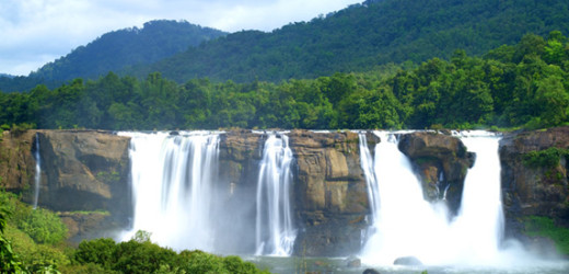 athirapilly-waterfalls